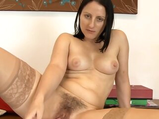 brunette fuck hairy tube